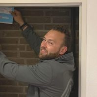 Smart home installatie monteur